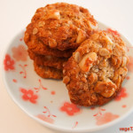 Anzac-biscuits-with-macadamia-2