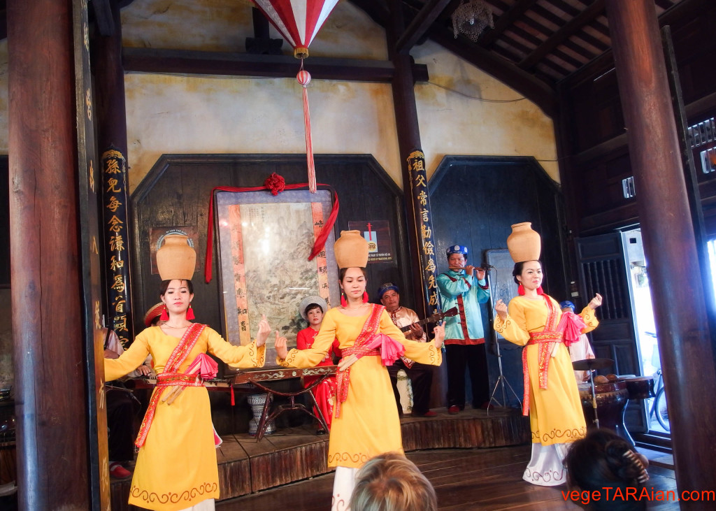 Hoi An traditional music and dance