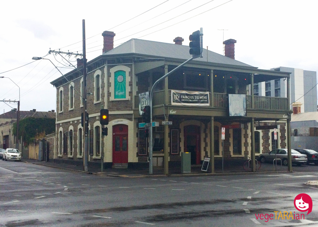 The New Ed Castle Hotel, Adelaide
