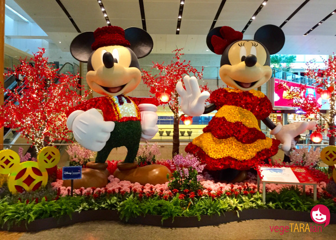 Changi Airport Mickey and Minnie