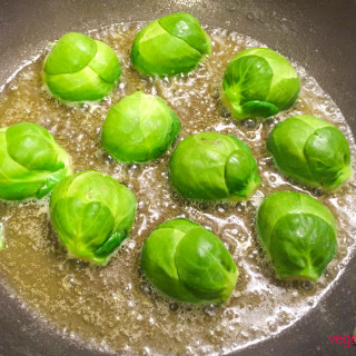 Brussels sprouts in butter