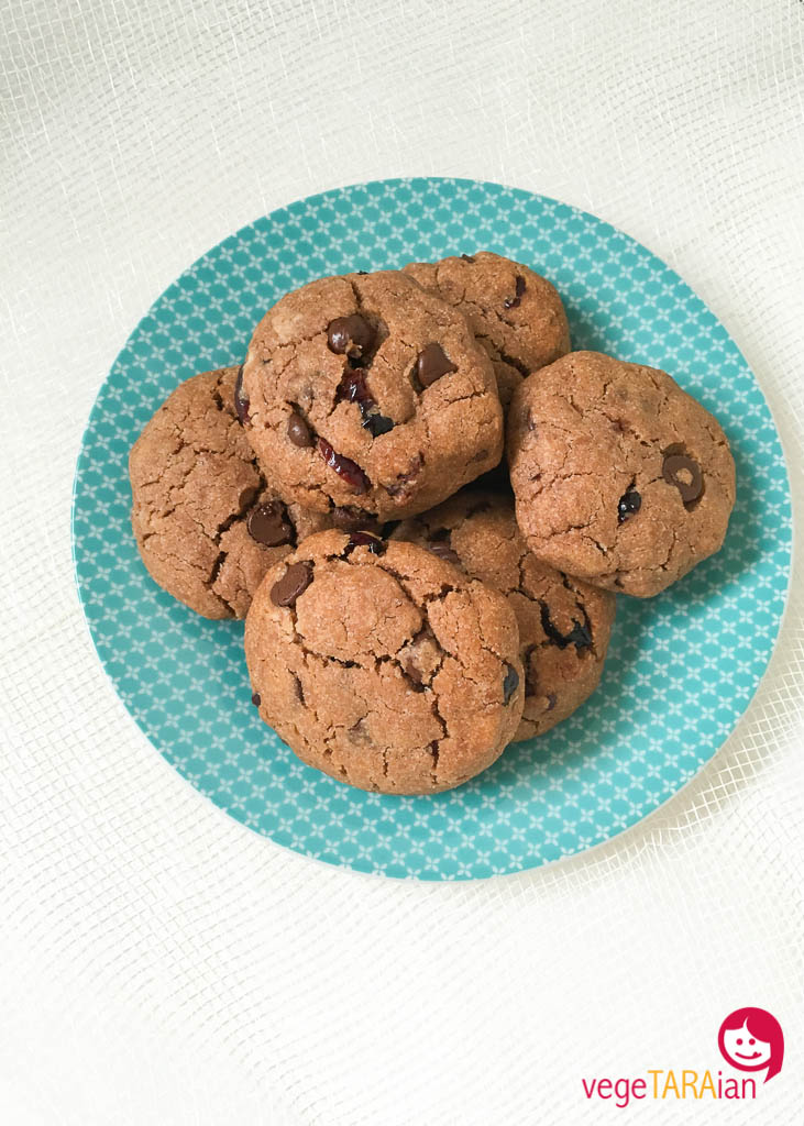 Chocolate-cranberry-cookies-4