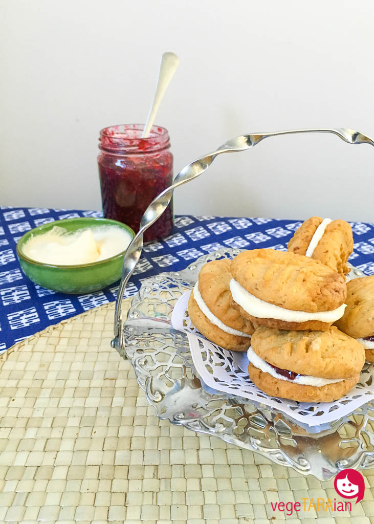 Vegan Monte Carlos bisuits with raspberry jam