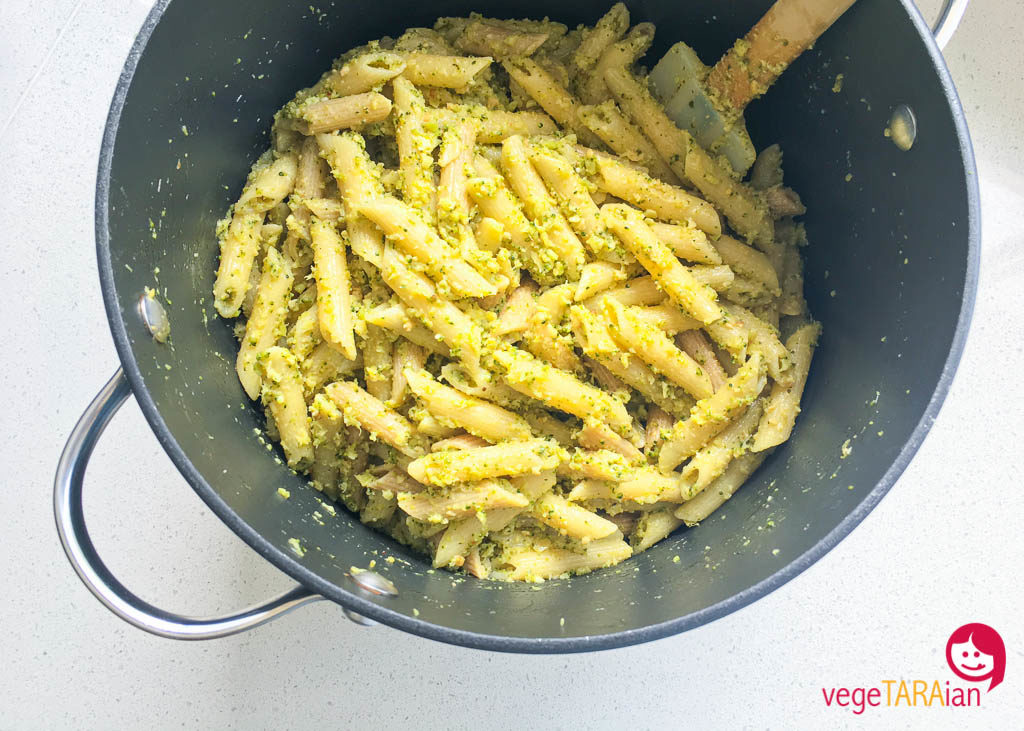 Broccoli and lemon pesto pasta
