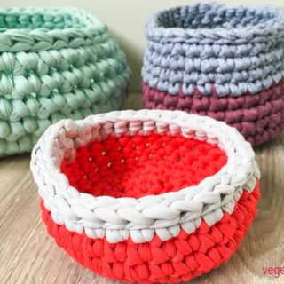 crochet-baskets-2