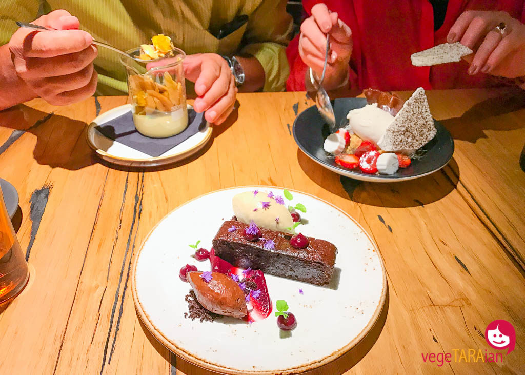 Desserts at Transformer, Fitzroy